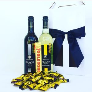 Wine pack, Chardonnay gift hamper, Red Wine, Red Wine hamper, Chocolate, Chocolate gift box, Corporate gifts, realestate gifts, christmas, gift boxes, hampers, gift baskets, gift hampers sydney, christmas hampers Sydney, chocolate hampers, wine hampers, wedding gifts, Christmas hampers, Christmas baskets, gourmet hampers, gourmet gift baskets, gourmet Christmas hampers, gourmet hampers Sydney, Lindt gift box