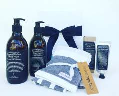 The Aromatherapy Co gift box, The Aromatherapy Co hand lotion, The Aromatherapy Co hand wash, The Aromatherapy Co hand cream, The Aromatherapy Co gift package, hampers, pamper hamper, home republic tea towel